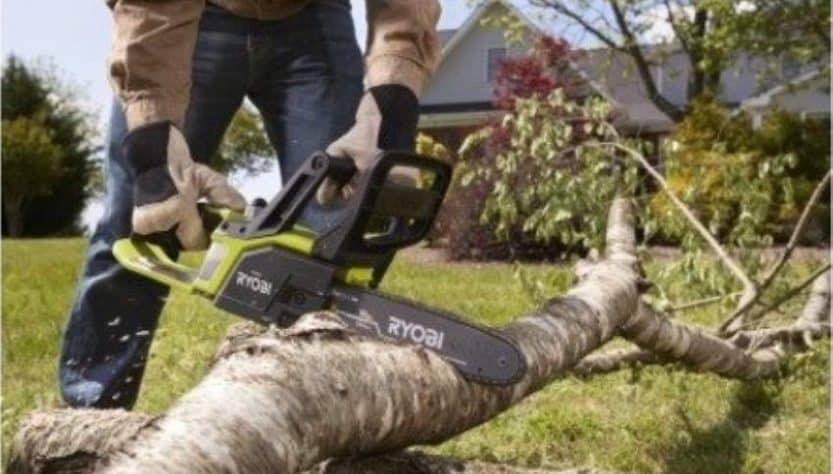 Best chainsaw under 200 dollars