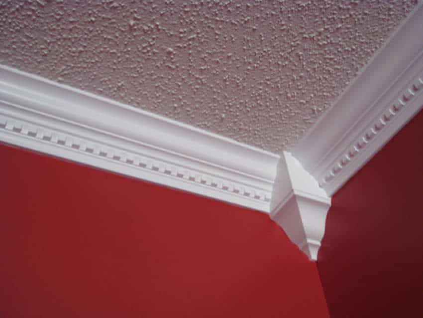 How to Cut Crown Molding 1