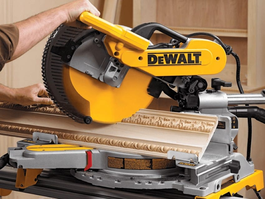 How to cut crown molding with a miter saw