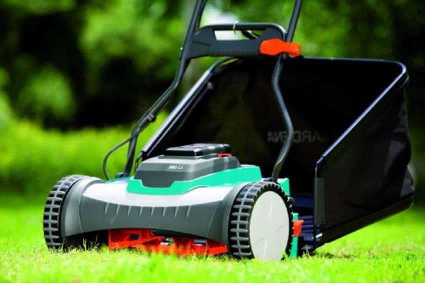 Gardena 4025-U Lithium-Ion Cordless Lawn Mower