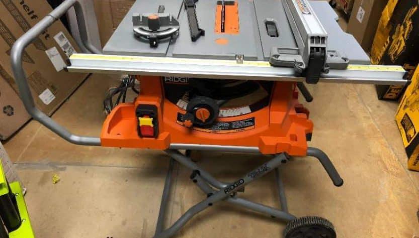 Ridgid R4513 Portable Table Saw
