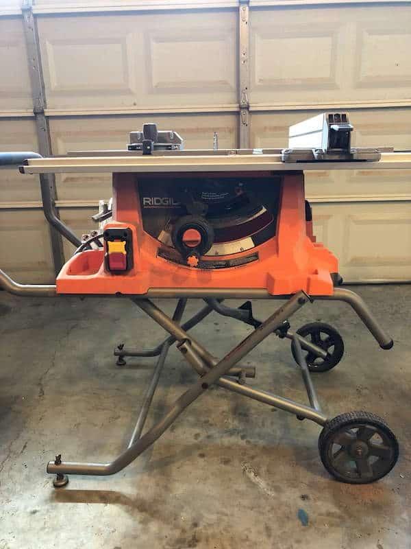 Ridgid R4513 Portable Table Saw side view